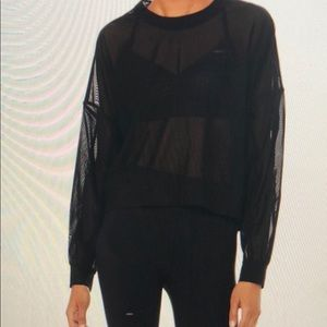 Alo yoga ambience pullover in small blk